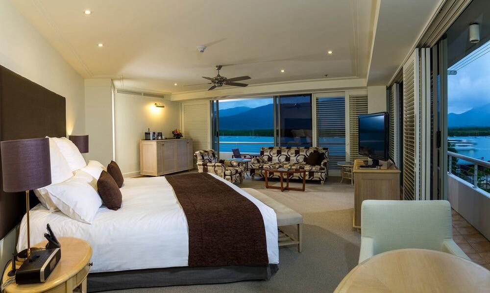Pullman Reef Hotel Casino 3